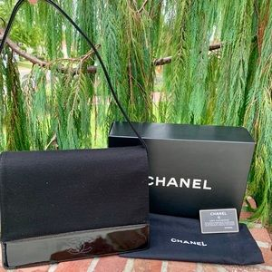 CHANEL SholderBag w/CardDusterBox Red LeatherLined